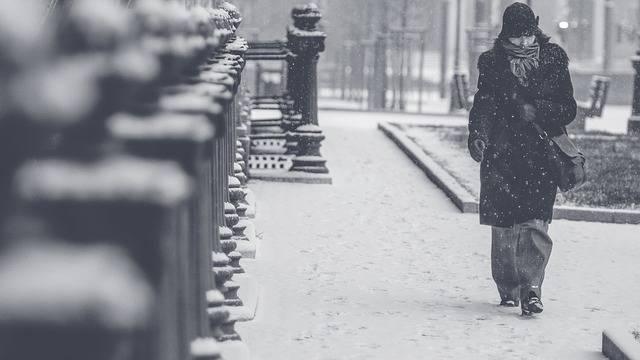 寒い日のイメージ画像