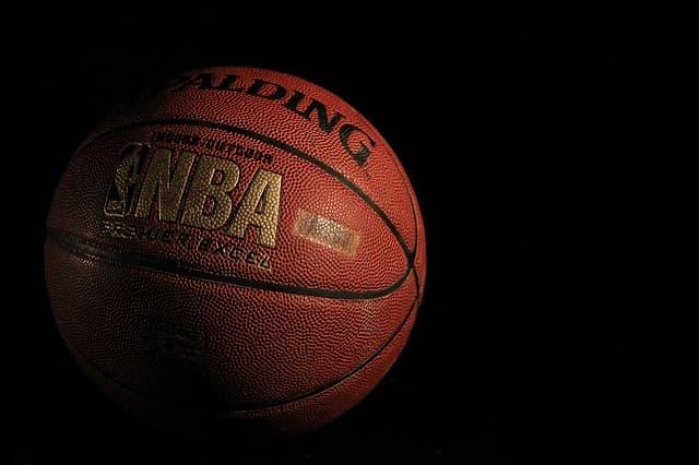 NBA のバスケットボールの画像