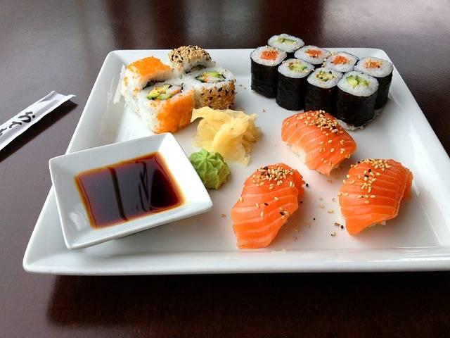 美味しそうなお寿司の画像