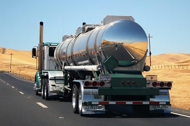 輸送用トラック(液体)